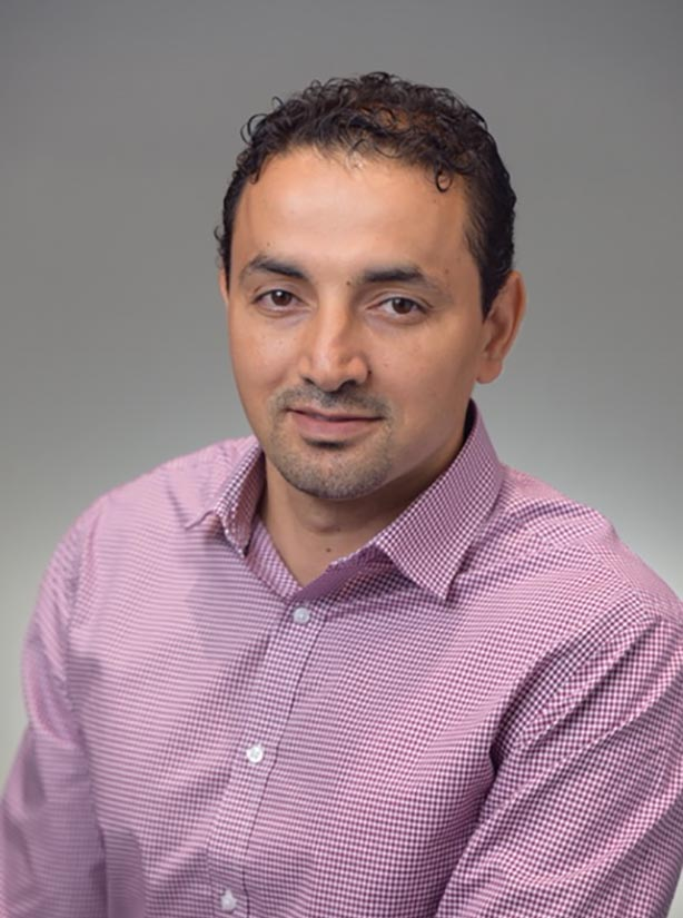 Dr. Abdelrouf Suwid, DDS at Oak Endodontics & Implant Dentistry